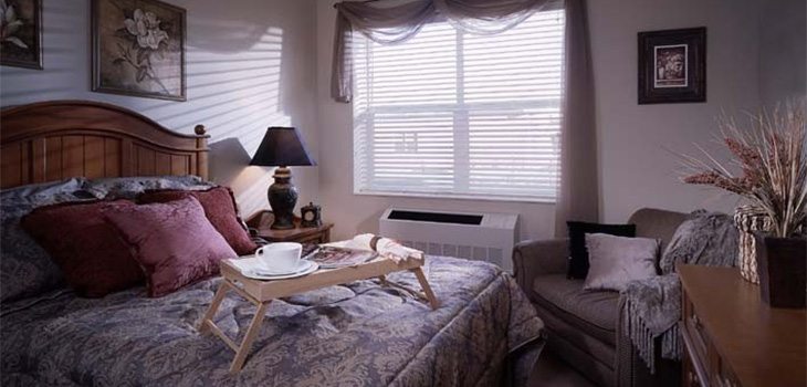 Senior Care, Midlothian, IL, Bedroom Picture - The Pointe at Kilpatrick