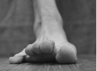 toe_spreadpicture